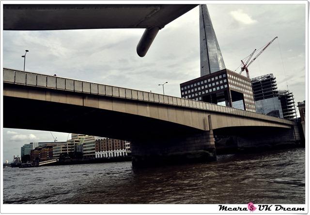 LondonbustourDSC_1095-20120816-164404