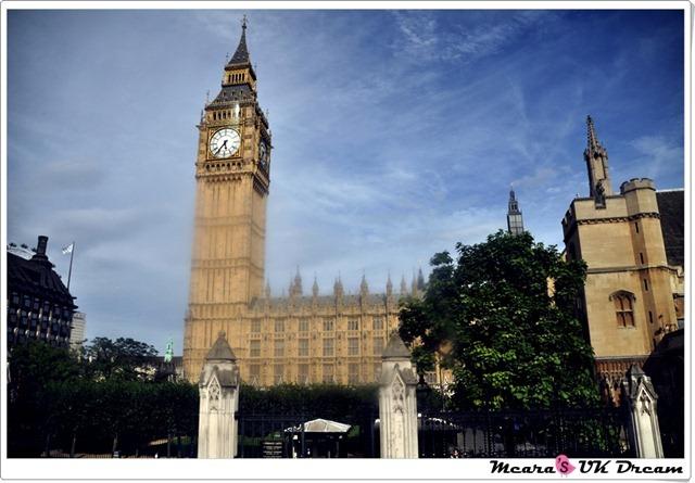 LondonbustourDSC_1329-20120816-173355