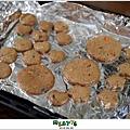 【蠟筆可可口糧餅】敗蘇拉颱風所賜,米特的第一次手工餅乾。101,08,02-006