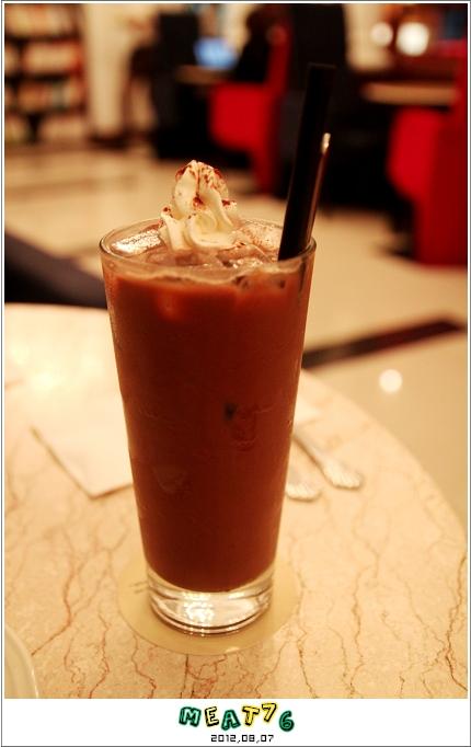101,08,07【 MOON RIVER CAFE.BOOKS】台北內湖-09
