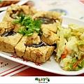 2012,09,22【忠誠號】士林夜市美食街食記|天婦羅、臭豆腐、蚵仔煎三種台灣小吃一次品足10