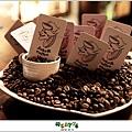 2012,12,14【JokeRCoffee】台北內湖|下午茶咖啡餐廳食記|滿屋子的點心蛋糕跟咖啡香 ♥005