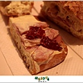 2012,12,14【JokeRCoffee】台北內湖|下午茶咖啡餐廳食記|滿屋子的點心蛋糕跟咖啡香 ♥012