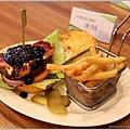 2013,02,03,7【費尼漢堡 Fani Burger】台北內湖內湖科學園區美式餐廳美食食記|甜點下午茶早午餐新推出 (愛吃客評鑑團約訪)012