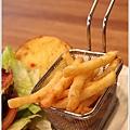 2013,02,03,7【費尼漢堡 Fani Burger】台北內湖內湖科學園區美式餐廳美食食記|甜點下午茶早午餐新推出 (愛吃客評鑑團約訪)014