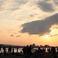 2013,02,16,6【FM】過年初七仨人遊擠爆的淡水、港墘我家牛排|(能,玲,柔,烏龍)081