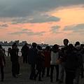 2013,02,16,6【FM】過年初七仨人遊擠爆的淡水、港墘我家牛排|(能,玲,柔,烏龍)099