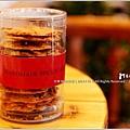 米特,味玩待敘 © MEAT76|2013【YANNICK|亞尼克菓子工房】台北內湖科學園區|蛋糕甜點咖啡廳食記|孩子夢幻城堡糖果屋下午茶024|杏仁瓦片餅乾