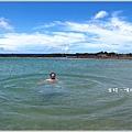 米特,味玩待敘部落格 © MEAT76|2011【台東綠島。遊記】燈塔潟湖|那一年我們一起上燈塔下潟湖,沉浸在碧海藍天的詩篇中014.jpg