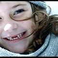 20130729-1【電視廣告分享】NISSAN BIG TIIDA TVC 北極熊篇|換牙妹的極短篇♥ .jpg