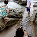 米特,味玩待敘部落格 © MEAT76|2013-07-14【旅遊紀錄】新北。萬里|龜吼漁港|海邊景觀區|台北難得的清澈海域,親近大海零距離。025.jpg