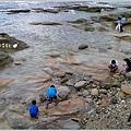 米特,味玩待敘部落格 © MEAT76|2013-07-14【旅遊紀錄】新北。萬里|龜吼漁港|海邊景觀區|台北難得的清澈海域,親近大海零距離。012.jpg