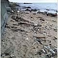 米特,味玩待敘部落格 © MEAT76|2013-07-14【旅遊紀錄】新北。萬里|龜吼漁港|海邊景觀區|台北難得的清澈海域,親近大海零距離。013.jpg