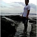 米特,味玩待敘部落格 © MEAT76|2013-07-14【旅遊紀錄】新北。萬里|龜吼漁港|海邊景觀區|台北難得的清澈海域,親近大海零距離。021.jpg