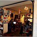 米特,味玩待敘部落格 © MEAT76|2013-01-25-5【大直|咖啡廳】台北中山|捷運大直站食記[wifi 插座]|杜鵑窩 CUCKOO's NEST|隨性混搭咖啡空間,看貓賞味午後好時光004.jpg