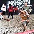 米特,味玩待敘部落格 MEAT76|2013-08-21-3【殭屍路跑活動】Run For Your Lives 5k|zombie race|全球最刺激的路跑,活命不簡單,當跑者不如當殭屍!002.jpg