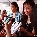 米特,味玩待敘|部落格 © MEAT76|2013-08-31【FG時尚美妝評鑑大賞】Mira Code × LVM光摩棒|韓國超人氣新品,保養按摩一次搞定003.jpg