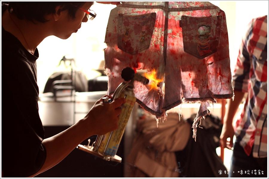 米特,味玩待敘|部落格 © MEAT76|2013-08-30-5|【殭屍路跑】台北殭屍出沒5k障礙賽|宣傳片拍攝幕後花絮021.jpg