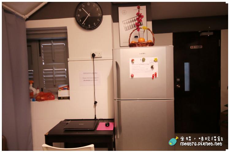 米特,味玩待敘|部落格 © MEAT76|台灣美食旅遊部落客|2014-03-14-5【新加坡牛車水。住宿】Royal Hostel|青年旅館|適合背包客的大空間便宜選擇 → 快鐵牛車水站 NE4 Chinatown Singapore014.png