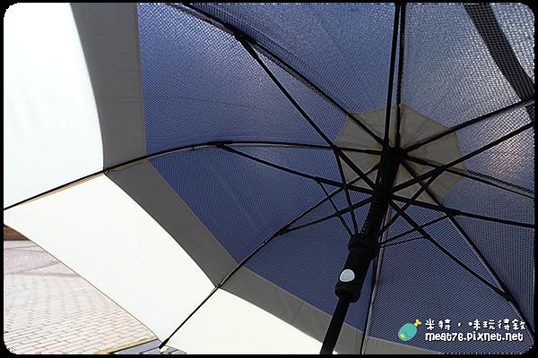 米特,味玩待敘|部落格 © MEAT76|台灣美食旅遊親子部落客|2015-06-09-5|MIT【生活好物】嘉雲製傘 × 雙層抗風高爾夫傘|風大雨大就是不開花,雨傘界的台灣之光、乃傘中之霸!009.png