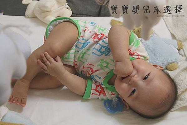 米特,味玩待敘|部落格©MEAT76|台灣美食旅遊親子部落客2015-11【嬰兒床選擇】羕寶寶的第一張嬰兒床真的好難下手啊!LEVANA+BENDI+GARCO+IKEA 001.jpg