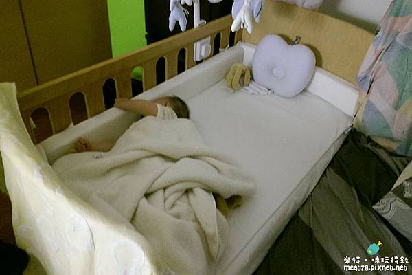 米特,味玩待敘|部落格©MEAT76|台灣美食旅遊親子部落客2015-11【嬰兒床選擇】羕寶寶的第一張嬰兒床真的好難下手啊!LEVANA+BENDI+GARCO+IKEA029.jpg