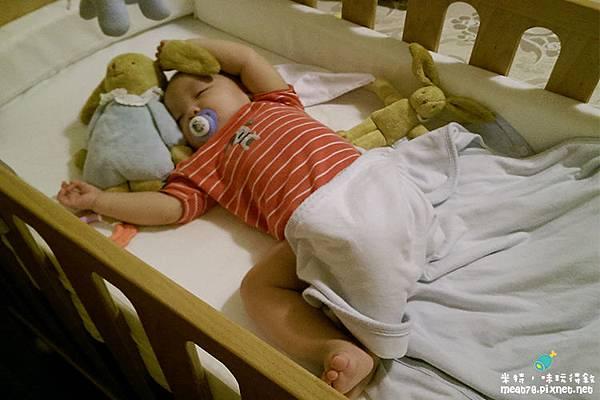 米特,味玩待敘|部落格©MEAT76|台灣美食旅遊親子部落客2015-11【嬰兒床選擇】羕寶寶的第一張嬰兒床真的好難下手啊!LEVANA+BENDI+GARCO+IKEA030.jpg