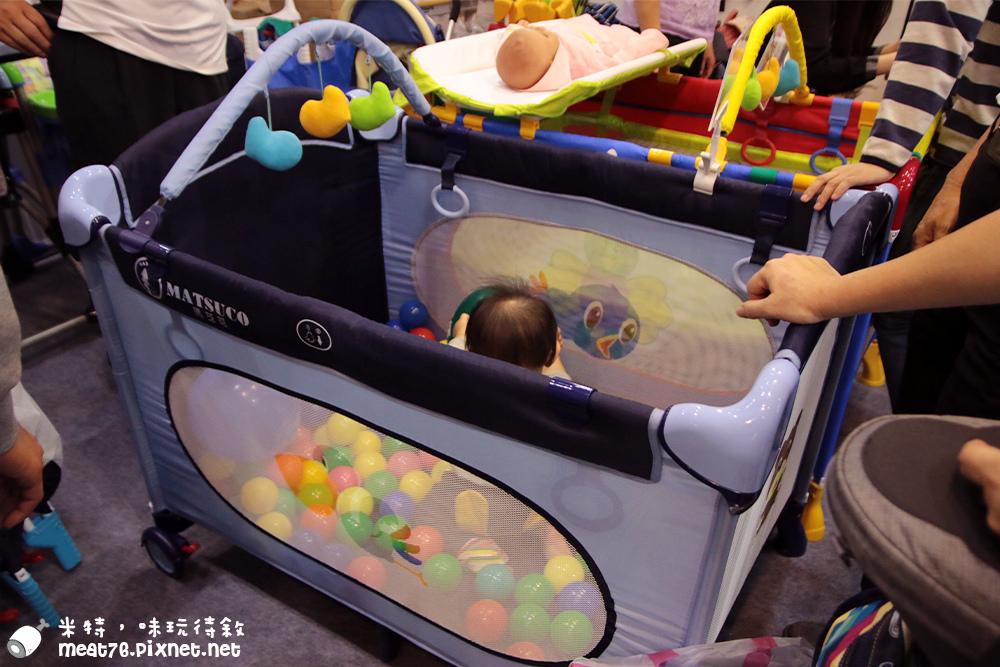 米特,味玩待敘部落格©MEAT76|2015-11-28-6【寶寶活動】小寶寶爬行大賽|2015五股嬰兒與孕媽咪用品展暨兒童博覽會|羕羕的第一場爬行大賽029.jpg