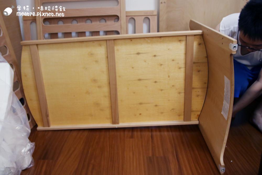 米特,味玩待敘台灣部落客©MEAT76|2015-05-24-7【嬰兒床開箱組裝文】睿兒國際BENDI I-LU wood 櫸木多功能嬰兒床|小羕的嬰兒床開箱組裝床邊床012.jpg