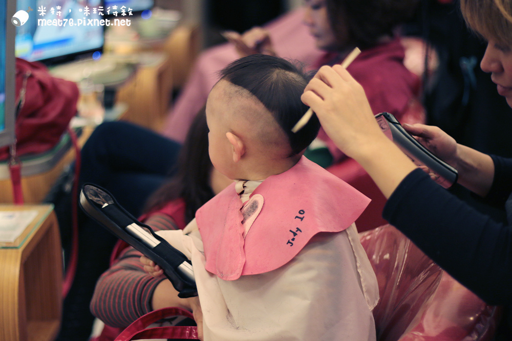 米特,味玩待敘台灣美食親子部落客©MEAT76|2016-02-06-6【羕羕大條代誌】人生第一次剪頭髮✎1Y1M26D-015.jpg