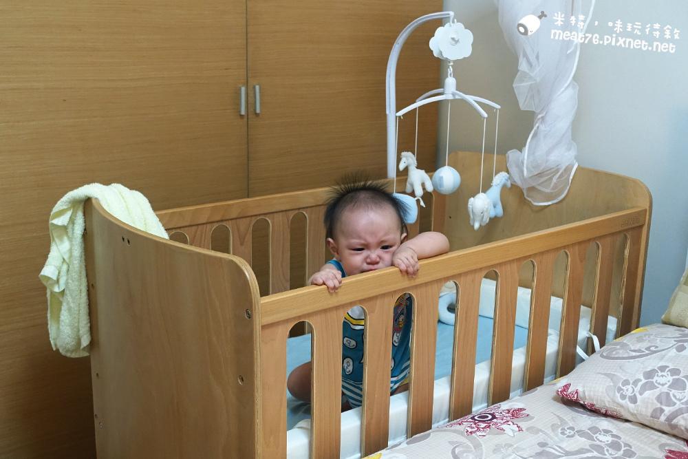 米特,味玩待敘台灣美食親子部落客©MEAT76|2016-07-16-6【成長嬰兒床使用全紀錄】BENDI I-Lu Wood 櫸木多功能嬰兒床|小羕 5m~1y7m個階段嬰兒床使用分享015.jpg