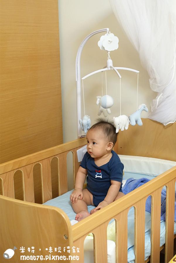 米特,味玩待敘台灣美食親子部落客©MEAT76|2016-07-16-6【成長嬰兒床使用全紀錄】BENDI I-Lu Wood 櫸木多功能嬰兒床|小羕 5m~1y7m個階段嬰兒床使用分享018.jpg