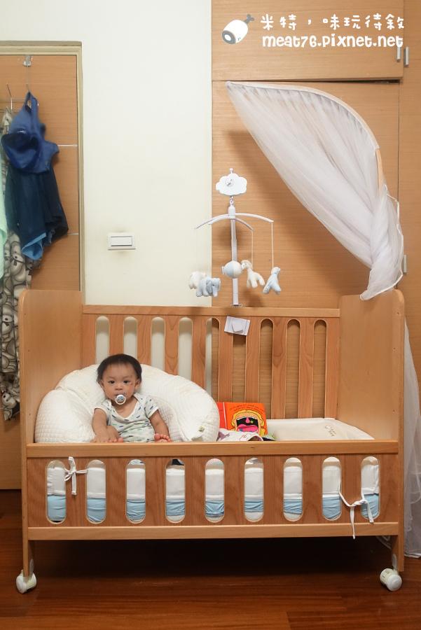 米特,味玩待敘台灣美食親子部落客©MEAT76|2016-07-16-6【成長嬰兒床使用全紀錄】BENDI I-Lu Wood 櫸木多功能嬰兒床|小羕 5m~1y7m個階段嬰兒床使用分享023.jpg