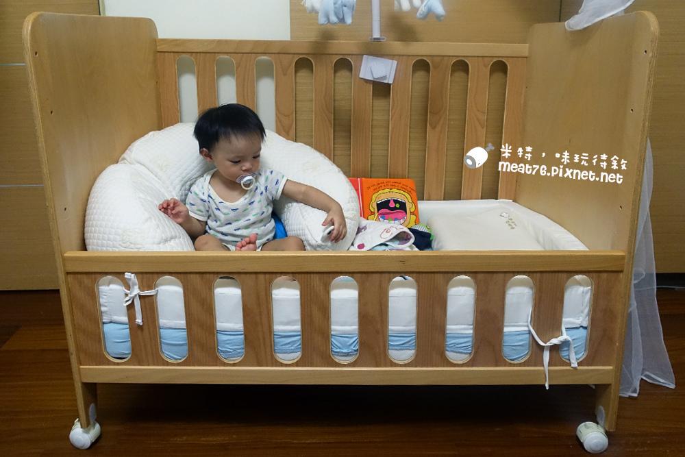 米特,味玩待敘台灣美食親子部落客©MEAT76|2016-07-16-6【成長嬰兒床使用全紀錄】BENDI I-Lu Wood 櫸木多功能嬰兒床|小羕 5m~1y7m個階段嬰兒床使用分享024.jpg