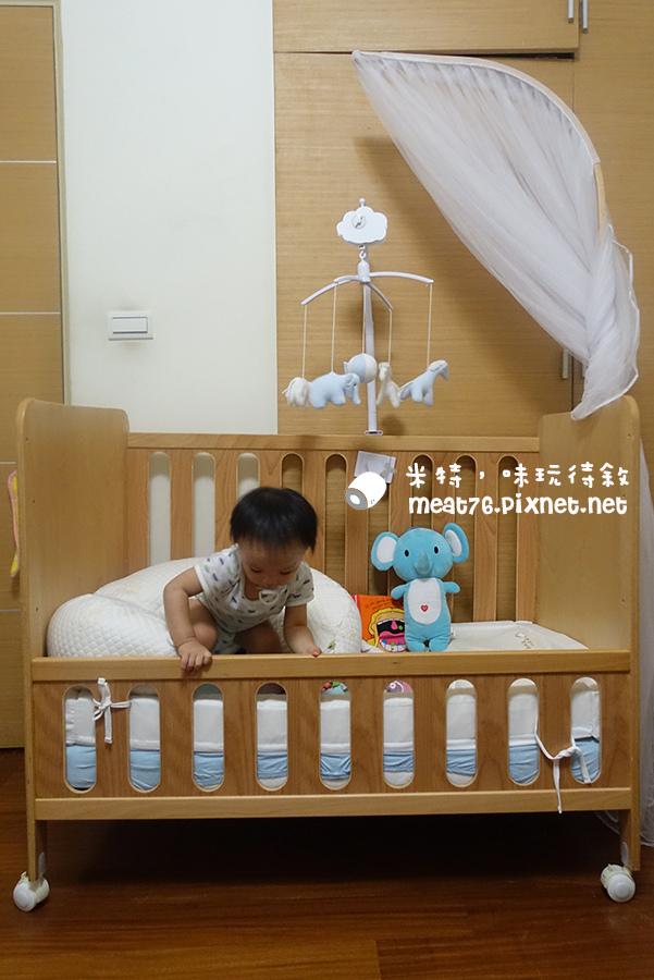 米特,味玩待敘台灣美食親子部落客©MEAT76|2016-07-16-6【成長嬰兒床使用全紀錄】BENDI I-Lu Wood 櫸木多功能嬰兒床|小羕 5m~1y7m個階段嬰兒床使用分享026.jpg