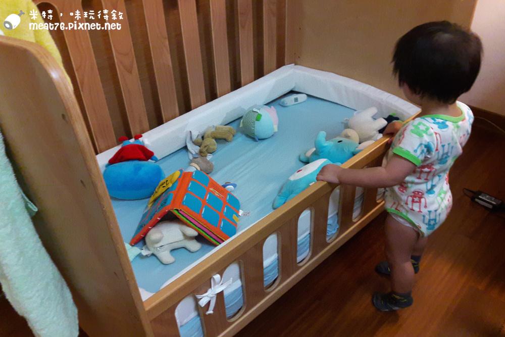 米特,味玩待敘台灣美食親子部落客©MEAT76|2016-07-16-6【成長嬰兒床使用全紀錄】BENDI I-Lu Wood 櫸木多功能嬰兒床|小羕 5m~1y7m個階段嬰兒床使用分享029.jpg
