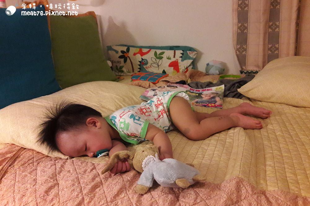米特,味玩待敘台灣美食親子部落客©MEAT76|2016-07-16-6【成長嬰兒床使用全紀錄】BENDI I-Lu Wood 櫸木多功能嬰兒床|小羕 5m~1y7m個階段嬰兒床使用分享031.jpg