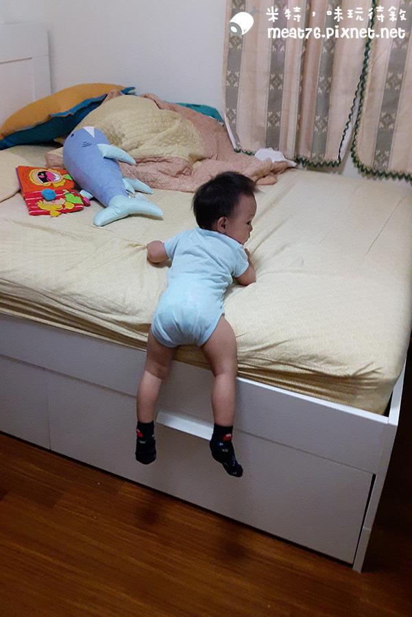 米特,味玩待敘台灣美食親子部落客©MEAT76|2016-07-16-6【成長嬰兒床使用全紀錄】BENDI I-Lu Wood 櫸木多功能嬰兒床|小羕 5m~1y7m個階段嬰兒床使用分享033.jpg