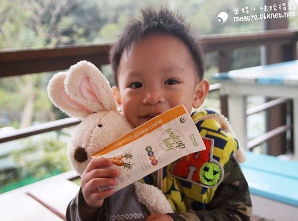 米特味玩待敘台灣美食親子部落客©MEAT76|2016-12-06-2【寶寶副食品|育兒】WutsupBaby美國有機藜麥米粉|純天然營養又方便的寶寶副食品,讓媽咪們輕鬆照顧嬰兒的好物!006.jpg