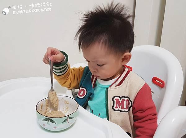 米特味玩待敘台灣美食親子部落客©MEAT76|2016-12-06-2【寶寶副食品|育兒】WutsupBaby美國有機藜麥米粉|純天然營養又方便的寶寶副食品,讓媽咪們輕鬆照顧嬰兒的好物!011.jpg