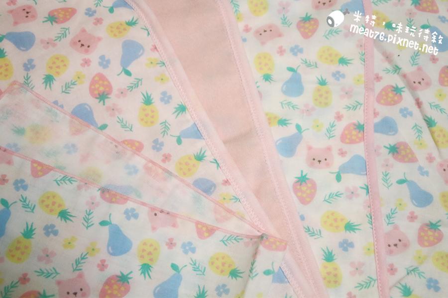 米特味玩待敘台灣美食親子部落客©MEAT76|2017-02-13-1|【寶寶好物。BabyTalk】精緻可愛新生兒用品分享|繽紛水果貓精梳棉嬰兒紗布衣,粉色猴子奶粉分裝盒方便不殘粉!006.jpg