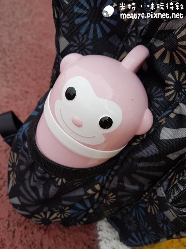米特味玩待敘台灣美食親子部落客©MEAT76|2017-02-13-1|【寶寶好物。BabyTalk】精緻可愛新生兒用品分享|繽紛水果貓精梳棉嬰兒紗布衣,粉色猴子奶粉分裝盒方便不殘粉!025.jpg