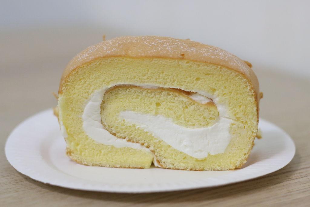 米特味玩待敘台灣美食親子部落客©MEAT76|2017-02-14-2|【彌月蛋糕。凱莉小姐】ColorCode|寶寶滿月禮彌月蛋糕試吃:北海道極純生乳捲、黑絲綢蛋糕016.JPG
