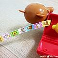 我是米特|台灣美食親子部落客©MEAT76|2017-11-26-7【兒童玩具】麥當勞兒童餐玩具2017|TOMICACAR4款、拉拉熊8款,實體小汽車跟可愛拉拉熊超犯規!本期玩具根本是針對大人來著!013