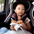 我是米特|台灣美食親子部落客©MEAT76|2017-11-29-3|【兒童玩具】麥當勞兒童餐玩具2017-11-29|搖擺頭躺漢堡慵懶拉拉熊Rilakkuma TOMICA多美小汽車NissanG-TRuma橘色002