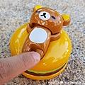 我是米特|台灣美食親子部落客©MEAT76|2017-11-29-3|【兒童玩具】麥當勞兒童餐玩具2017-11-29|搖擺頭躺漢堡慵懶拉拉熊Rilakkuma TOMICA多美小汽車NissanG-TRuma橘色012