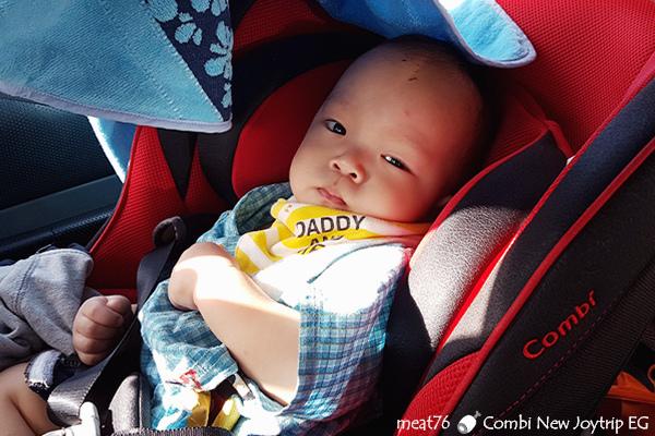 我是米特|台灣美食親子部落客©MEAT76|2017-11-29-3|【育兒好物|兒童汽車安全座椅】Combi New JoyTrip EG|三階段成長型汽座,一張1~11歲都能守護寶貝的高CP值汽座!#透氣不悶熱 #舒適 #Eggshock038.jpg