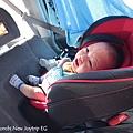 我是米特|台灣美食親子部落客©MEAT76|2017-11-29-3|【育兒好物|兒童汽車安全座椅】Combi New JoyTrip EG|三階段成長型汽座,一張1~11歲都能守護寶貝的高CP值汽座!#透氣不悶熱 #舒適 #Eggshock039.jpg