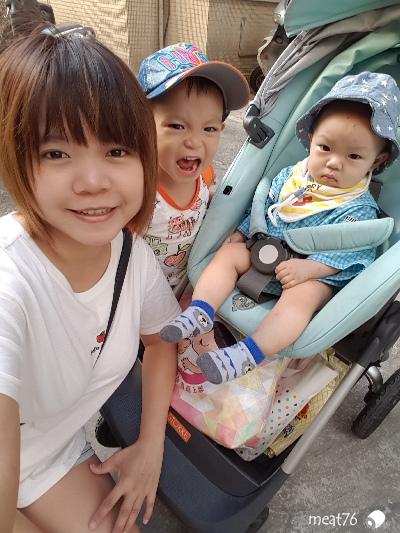 我是米特|台灣美食親子部落客©MEAT76|2017-11-29-3|【育兒好物|兒童汽車安全座椅】Combi New JoyTrip EG|三階段成長型汽座,一張1~11歲都能守護寶貝的高CP值汽座!#透氣不悶熱 #舒適 #Eggshock041.jpg