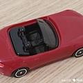 我是米特 台灣美食親子部落客©MEAT76 【麥當勞玩具】2017-12-13 Tomica多美小汽車:Mazda Roadster 紅色敞篷車,車頂可拆卸超好玩!020.jpg